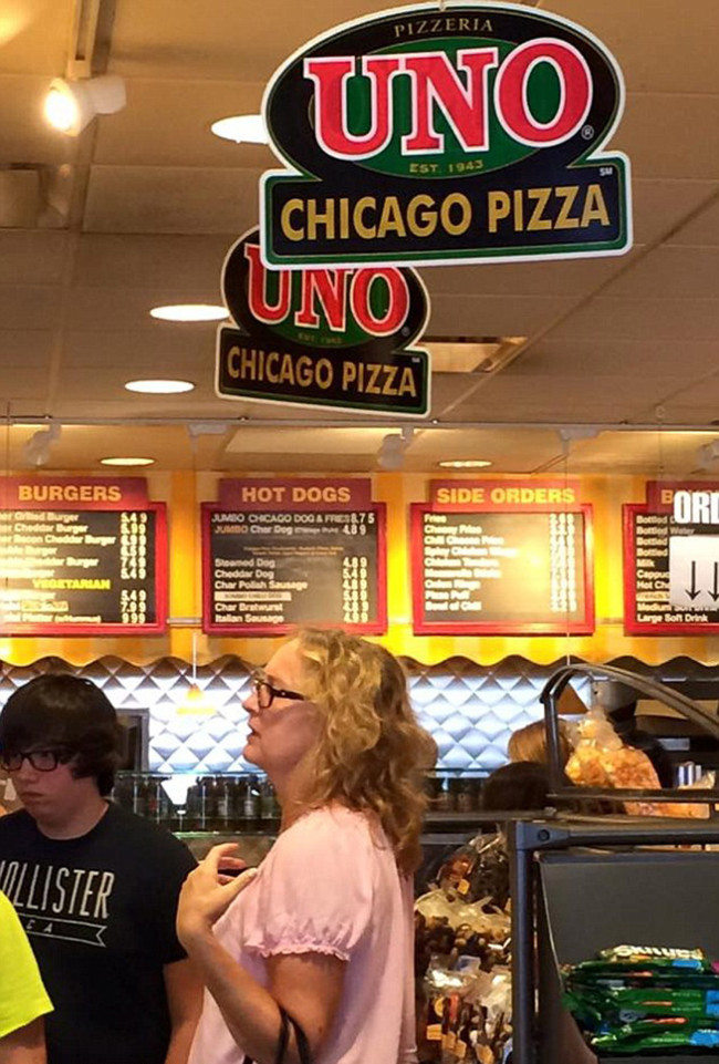 The tacky Chicago airport restaurant where David Cameron agreed to EU referendum over a pizza slice