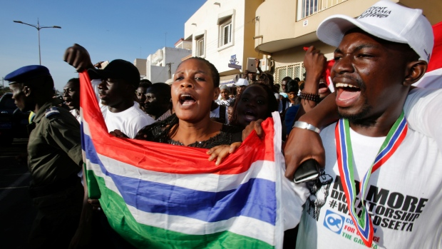 Troops enter Gambia as defeated ruler clings to power